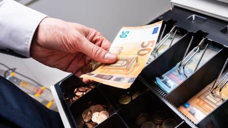 Contant geld beheren