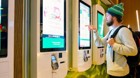 Zelfbedieningszuilen / Self Service Kiosks
